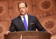Pat Toomey's bank and fact vs. fiction in this noisy US Senate race
