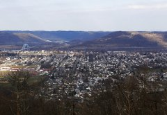 How many oil and gas jobs are there in West Virginia? It's surprisingly hard to say