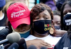 Fact-checking claims about Breonna Taylor's death