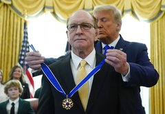 In context: The Medal of Freedom clip that went viral on Twitter