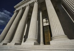 Ask PolitiFact: Did the Supreme Court overturn Roe v. Wade?