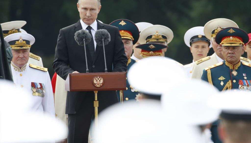 Russian President Vladimir Putin addresses sailors during Navy Day celebrations in St. Petersburg on July 30, 2017. (AP photo)