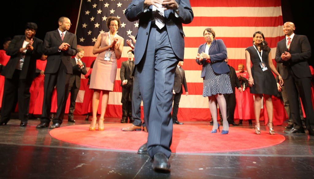 Retired neurosurgeon Ben Carson, a Republican, mad his presidential bid official at Detroit's Music Hall on May 4, 2015. (AP photo)