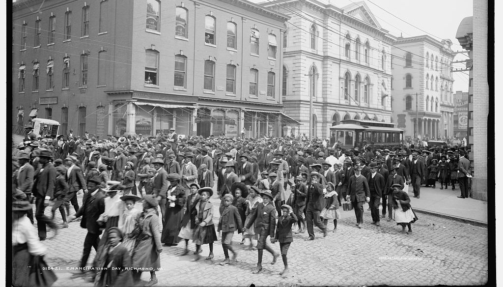 A photo archived in the Library of Congress is said to show a 1905 celebration of emancipation in Richmond, Va.