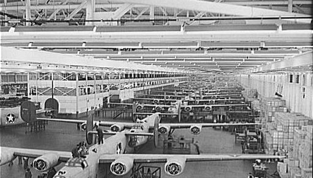 B-24E Liberator bombers being assembled at Ford Motor Company's Willow Run plant during World War II. (Library of Congress)