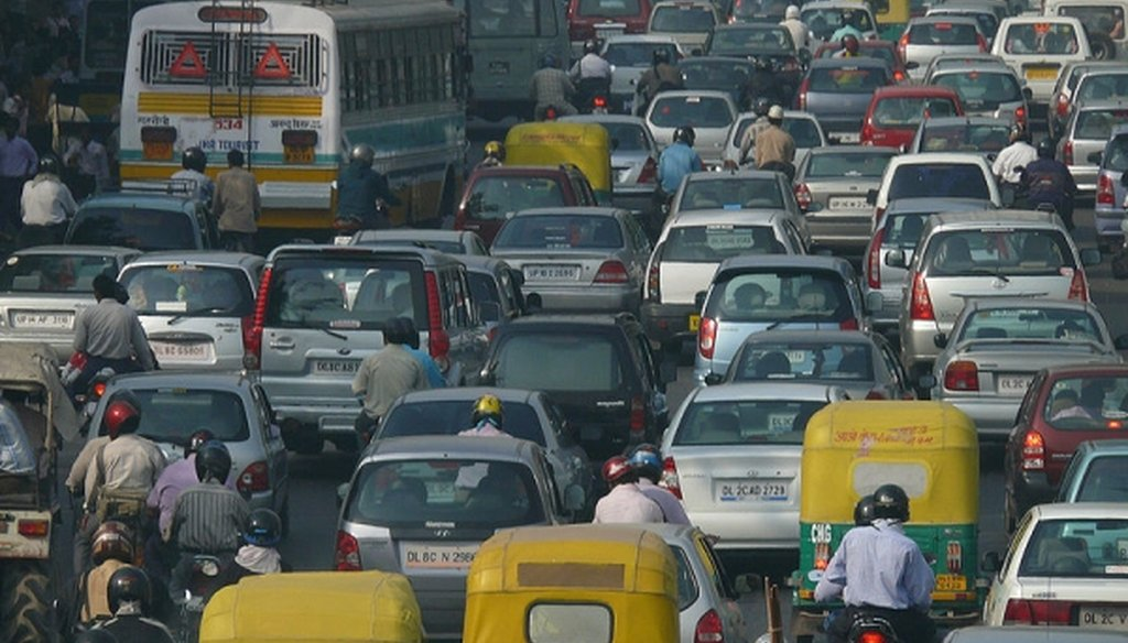 A traffic jam in New Delhi, which ranks as the city with the worst particulate air pollution in the world. (Flickr user NOMAD)