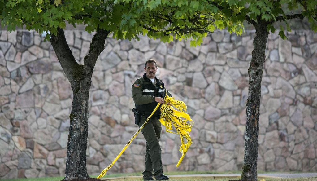 Umpqua Community College in Roseburg, Ore., reopened to faculty and staff on Oct. 5, 2015, after the shooting attack that resulted in 10 deaths and shut down the campus. (Marcus Yam/Los Angeles Times/TNS)