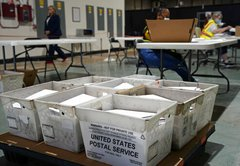 Fact-checking the controversy over the USPS voting mailer