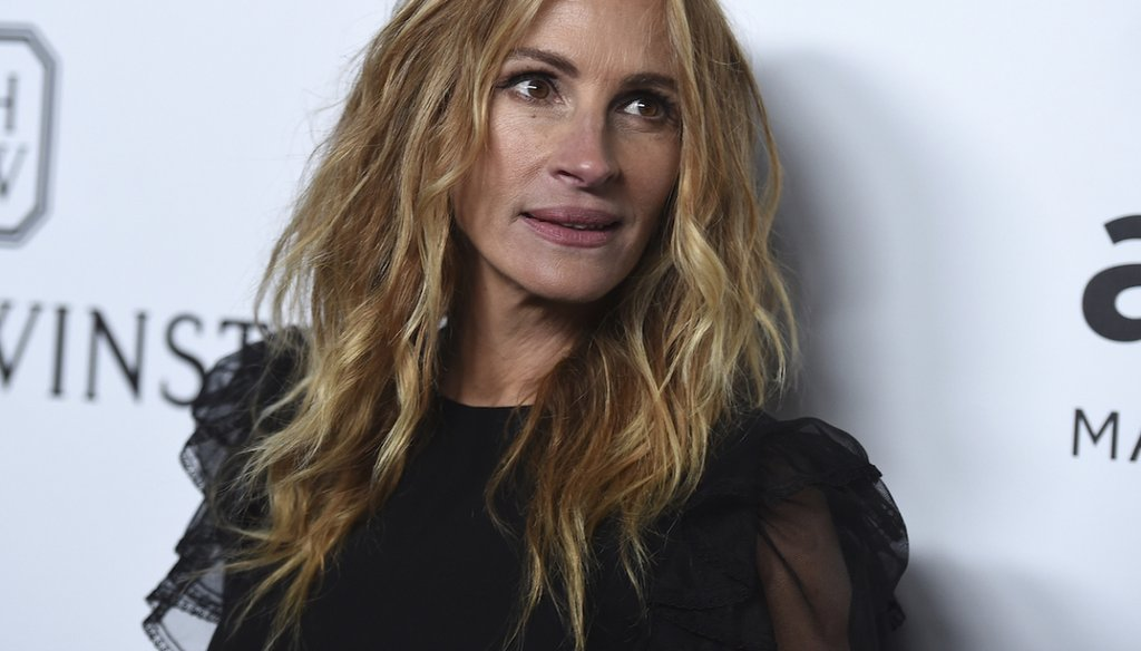 Julia Roberts attends the 2017 amfAR Inspiration Gala Los Angeles on Friday, Oct. 13, 2017 in Beverly Hills, Calif. (Photo by Jordan Strauss/Invision/AP)