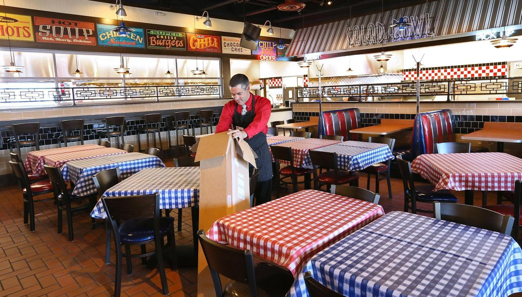 A Portillo's restaurant is poised to open in the Milwaukee suburb of Brookfield in July 2016. (Michael Sears/Milwaukee Journal Sentinel)