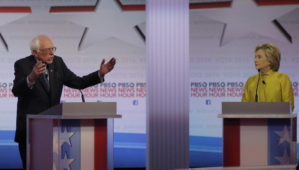 Bernie Sanders and Hillary Clinton debate in Milwaukee, Wis., Feb. 11, 2016. (Reuters)