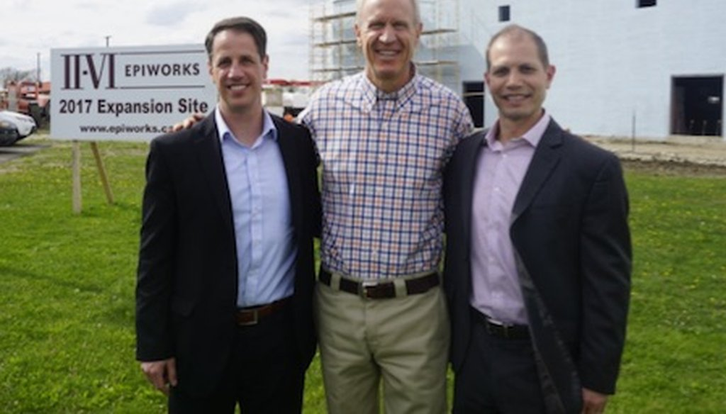 Gov. Bruce Rauner meets workers at Champaign's EpiWorks technology company Photo/Twitter