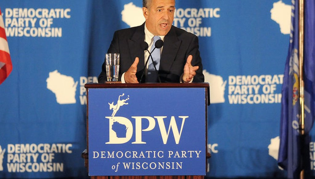 Former U.S. Sen. Russ Feingold speaks June 5, 2015 at the opening of the Wisconsin Democratic Party convention at the Potawatomi Hotel & Casino in Milwaukee. (Mike McLoone photo)