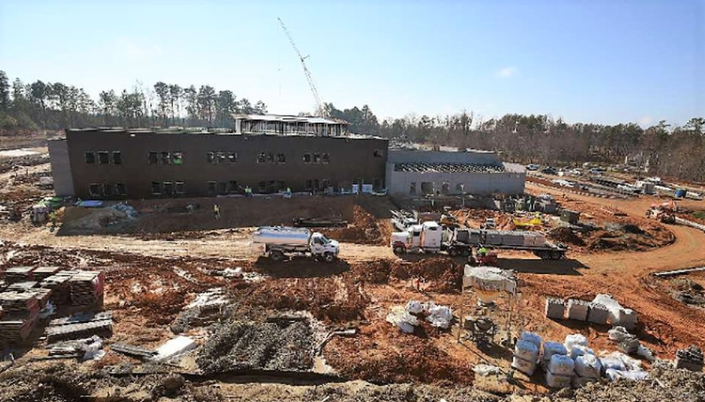The worksite at the new Oakview Elementary School is full of activity as construction continues Tuesday, December 8, 2015 in Holly Springs, N.C. (News & Observer)