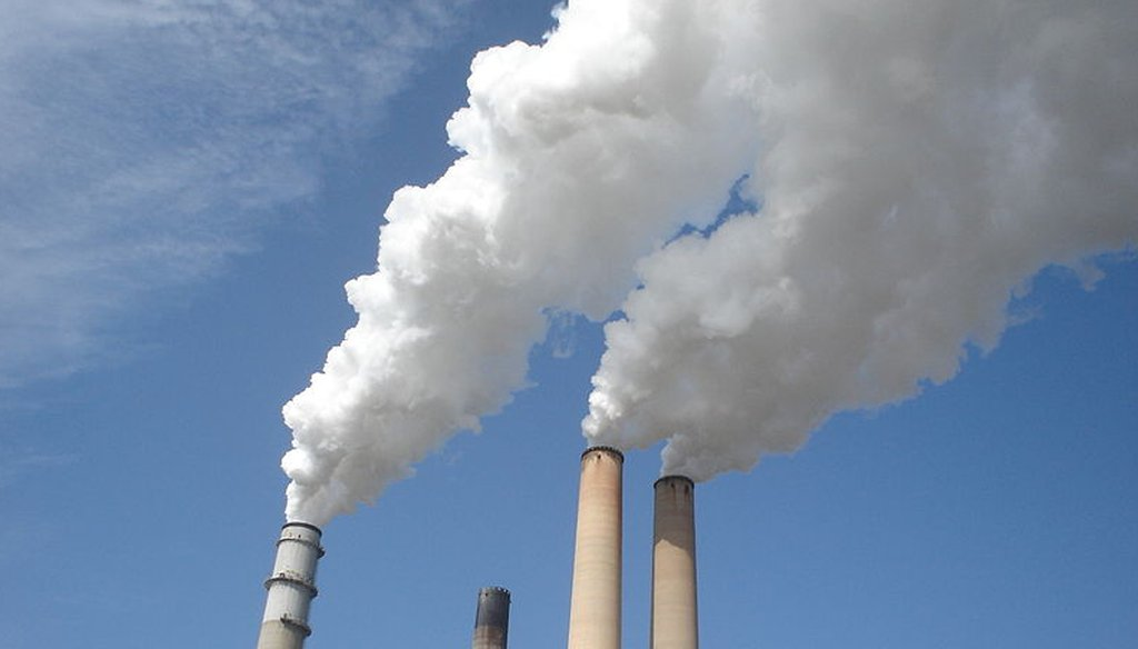 A coal-fired power plant in Apollo Beach, Fla. (Wikimedia commons)