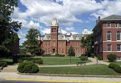 Has state's share of WVU funding fallen from 70% to 12% since 1980?