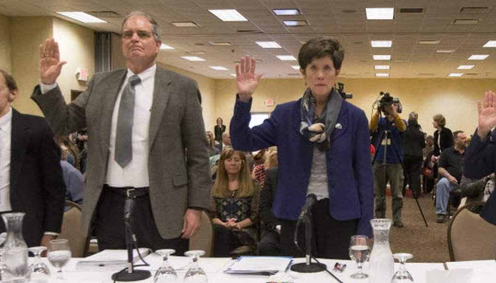Federal veterans affairs officials are sworn in during a joint U.S. House and Senate committee hearing on March 30, 2015 in Tomah, Wis. The hearing addressed problems at the Veterans Administration medical facility in Tomah. (Mark Hoffman photo)