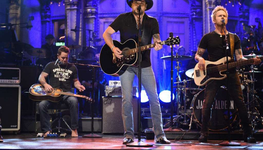 "Country singer Jason Aldean performs Tom Petty's ""I Won't Back Down"" on ""Saturday Night Live"" on Oct. 7, 2017. (NBC photo)"