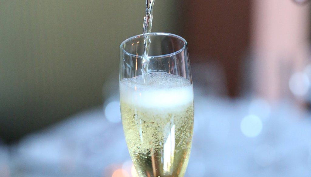 Reports went viral on social media that champagne three times a week could help delay the onset of Alzheimer's and other forms of dementia. Unfortunately, the buzz relies on a 2013 study that involved rats, not humans.