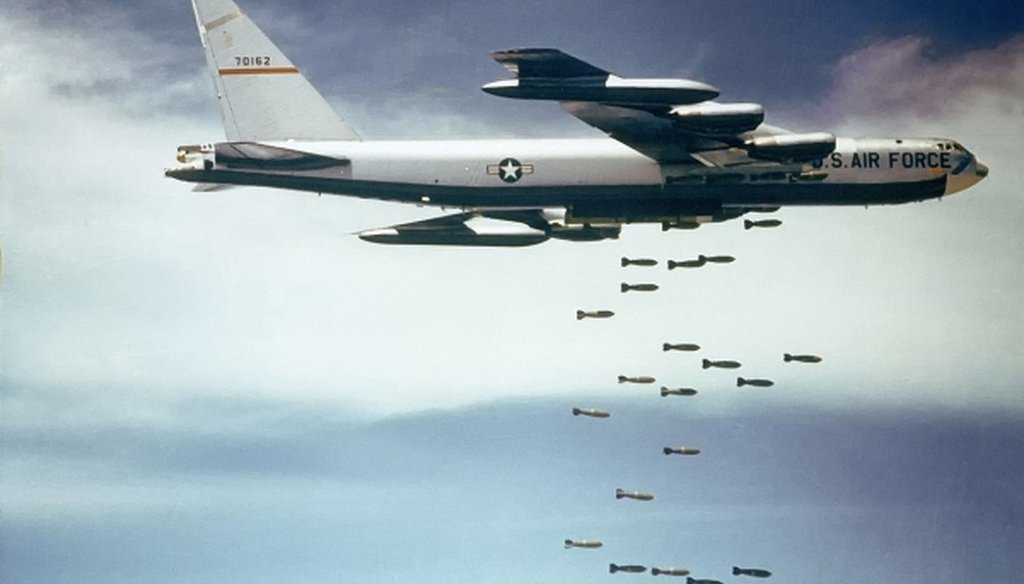A U.S. Air Force Boeing B-52F Stratofortress drops bombs over Vietnam. (U.S. Air Force via Wikimedia Commons)