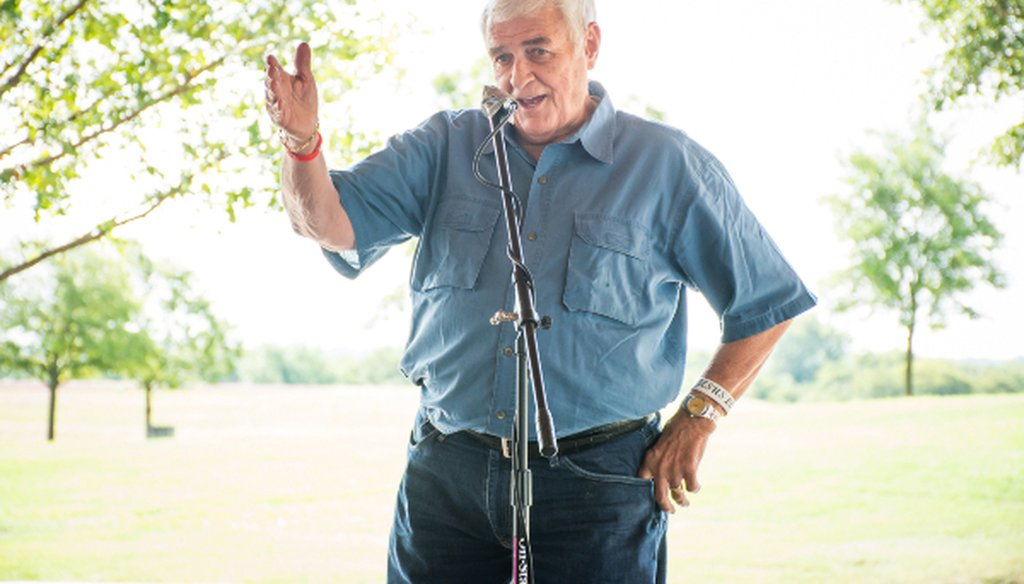 U.S. Rep. John Carter, a Texas Republican, speaks to a Round Rock crowd in August 2018. It's MOSTLY TRUE that Carter hasn't held a town hall in five years (PHOTO: Megumi Rooze).