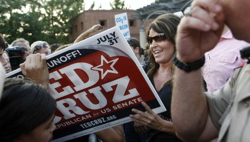 After speaking in support of Ted Cruz at a July 27, 2012 rally in The Woodlands, Sarah Palin signs autographs and talks to Cruz supporters. (Houston Chronicle photo by Johnny Hanson)