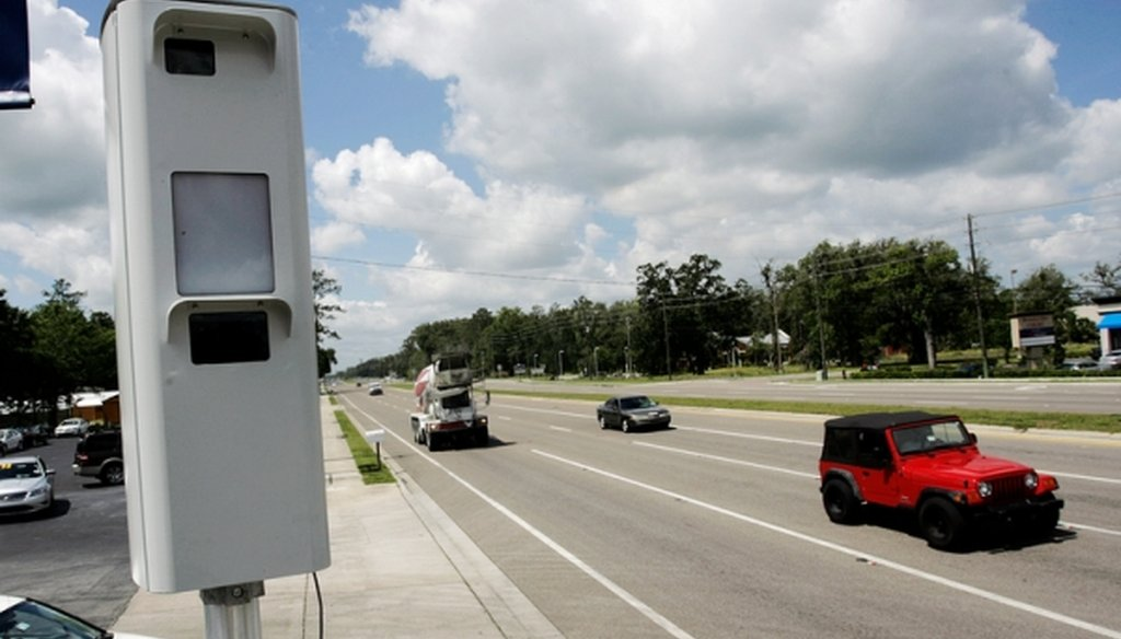 A red-light traffic camera on U.S. 41 in Brooksville, Fla., on May 17, 2012. (Octavio Jones/Tampa Bay Times)