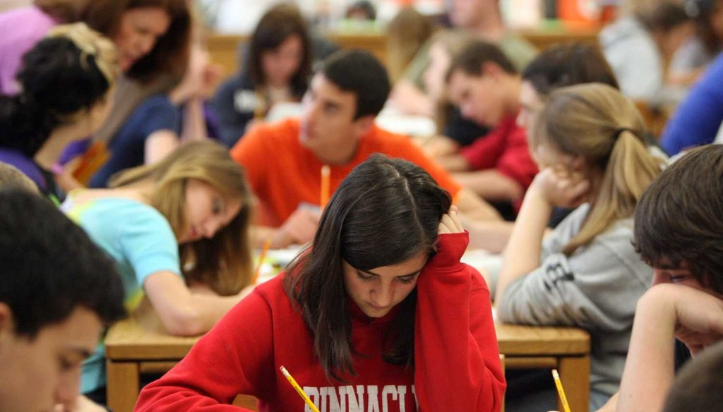 Florida high school students prepare for statewide exams. (2010 Tampa Bay Times photo)