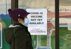 What are state and federal plans for distributing COVID-19 vaccine?