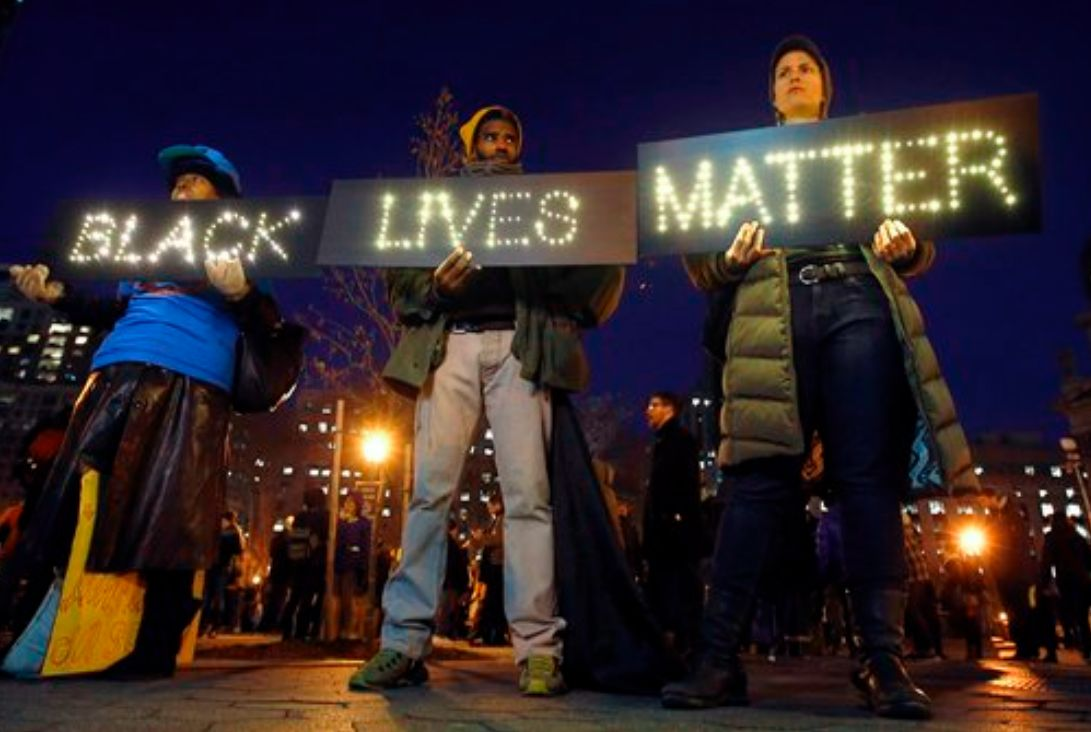 Black Lives Matter protesters rally in New York City on Dec. 4, 2014. (AP)