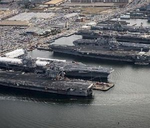 Were five aircraft carriers docked in one place in 2014, and was