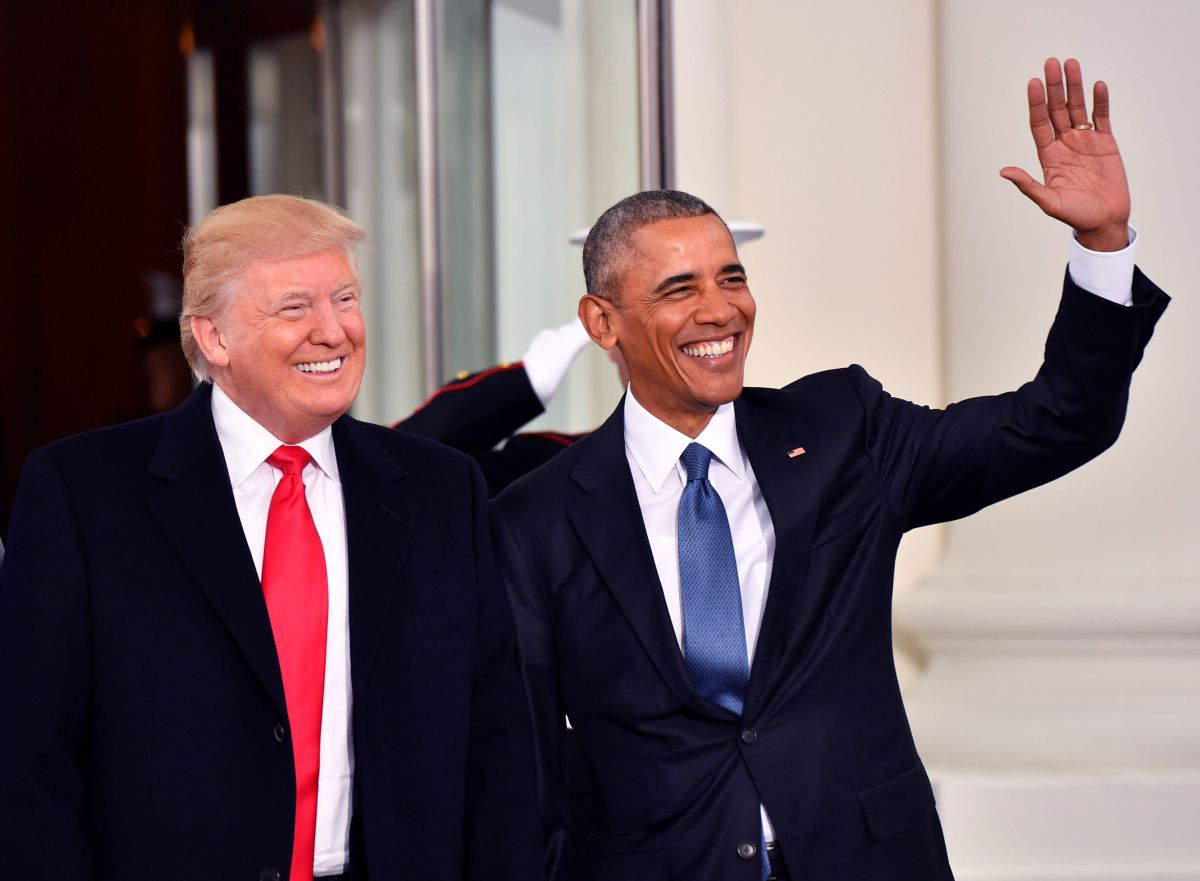 President Barak Obama (right) and President-elect Donald Trump smile at the White House before the inauguration on January 20, 2017 in Washington, D.C. Trump becomes the 45th President of the United States. (Photo by Kevin Dietsch-Pool/Getty Images)