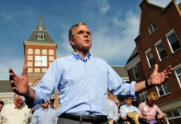 Republican presidential candidate Jeb Bush speaks to supporters in Pella, Iowa on June 17, 2015. (Steve Pope/Getty Images)