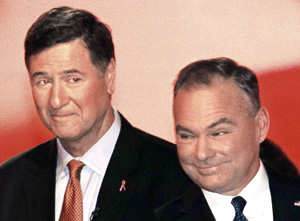 U.S. Senate candidates George Allen, left, and Timothy Kaine thank the panelists after their debate Monday night.