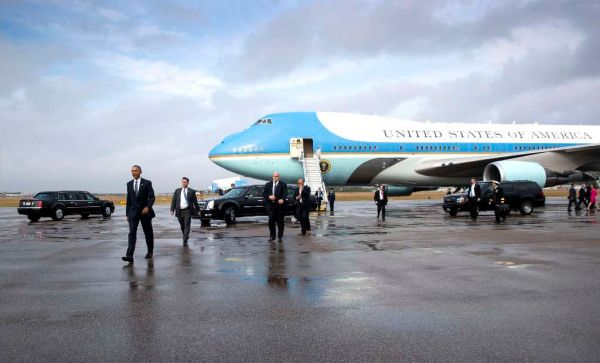 Fact-checking Donald Trump's tweet on Air Force One, Boeing
