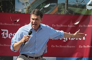 Texas Gov. Rick Perry talks to voters at the Iowa State Fair.