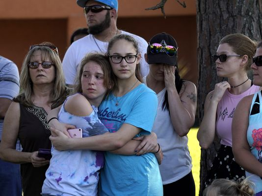 A vigil was held after the school shooting in Santa Fe, Texas, that left 10 people dead. (EPA/EFE)