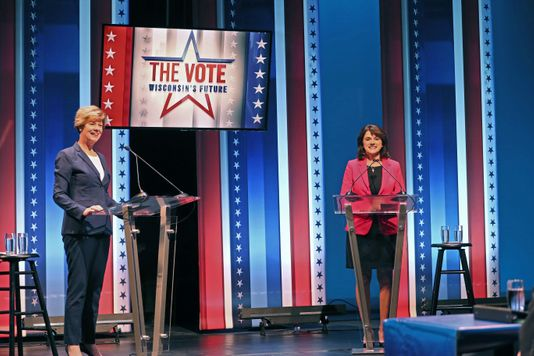 U.S. Sen. Tammy Baldwin (left), the Wisconsin Democrat, and her Republican challenger, Leah Vukmir, in their first head-to-head debate prior to the Nov. 6, 2018 election. (Michael Sears/Milwaukee Journal Sentinel)