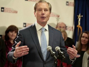 David Dewhurst, headed into a runoff for the Republican nomination for lieutenant governor, addresses supporters on primary night March 4, 2014 (Associated Press/The Daily Texan).