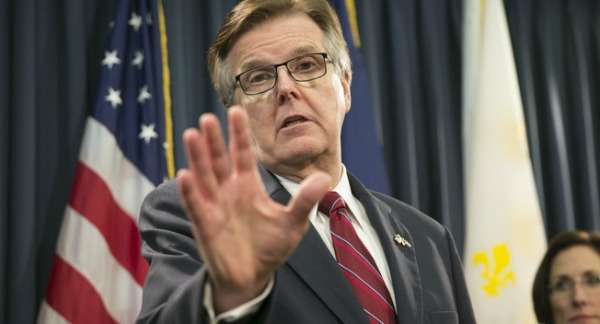 Lt. Gov. Dan Patrick touted a fact check at a two-question press conference Feb. 6, 2017 (Jay Janner, Austin American-Statesman).