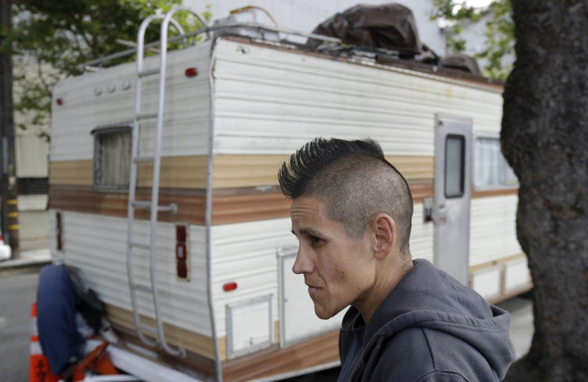 Gavin Newsom's ridiculous claim: 'Vast majority' of San Francisco's homeless people come from Texas