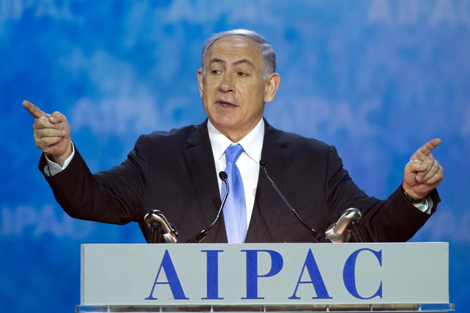 Israeli Prime Minister Benjamin Netanyahu gestures while speaking at the 2015 American Israel Public Affairs Committee Policy Conference in Washington, March 2, 2015. (AP Photo/Cliff Owen)