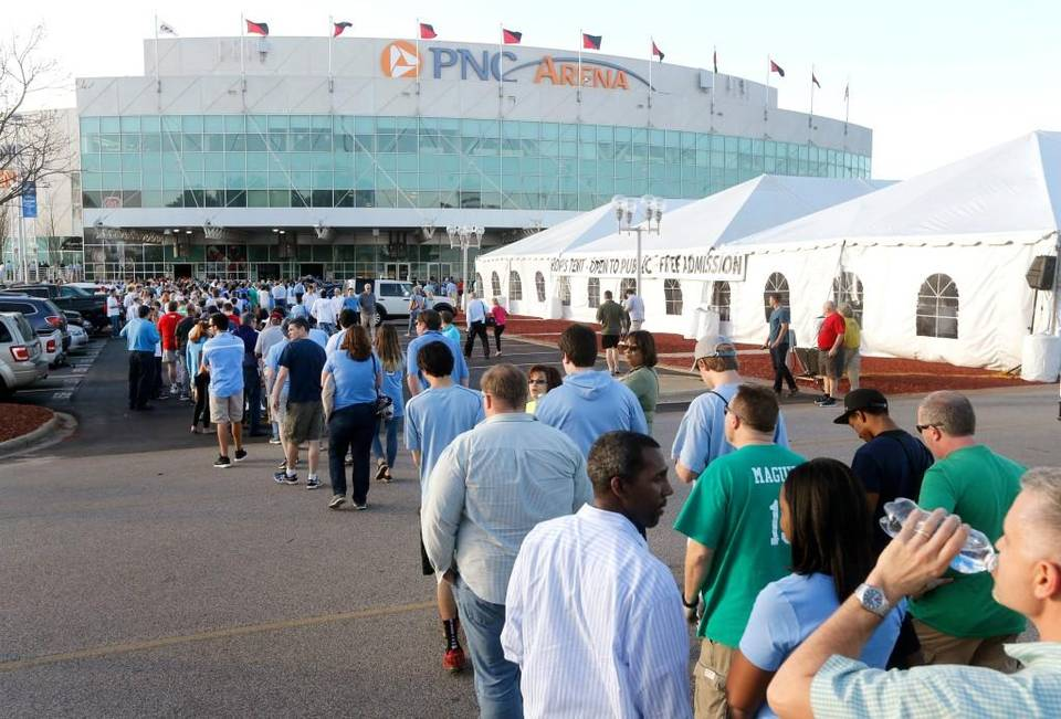 Fans line up outside PNC Arena in Raleigh, N.C. before UNC's game against Florida Gulf Coast in the first round of the NCAA Division I Men's Basketball Championship on March 17, 2016. News & Observer photo.