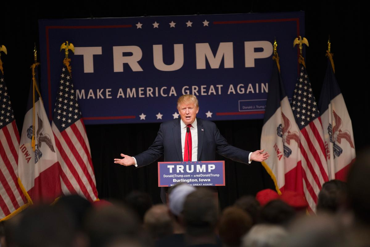 GOP presidential candidate Donald Trump rallies guests at Burlington Memorial Auditorium on Oct. 21, 2015, in Burlington, Iowa, during a campaign stop. (Getty)