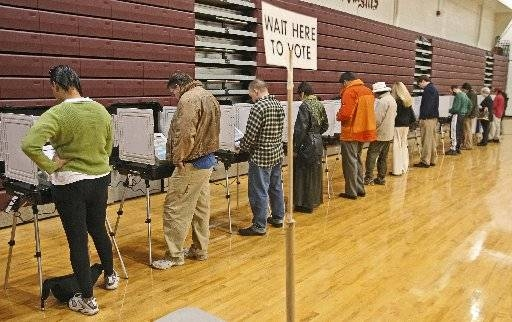 Voters fill out ballots during the 2006 election