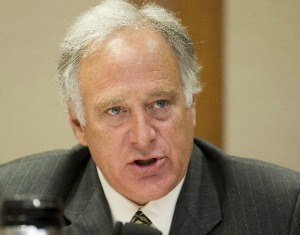 Sen. Kirk Watson, D-Austin, seeks to bar the use of carbon monoxide to euthanize dogs and cats. (Photo: Jay Janner/Austin American-Statesman).